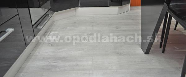 vinylova-podlaha-v-kuchyni-2
