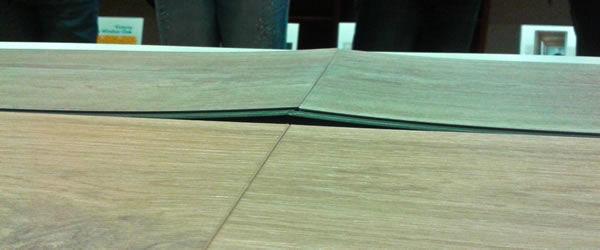 Reakcia vinylovej podlahy na zvýšenú teplotu