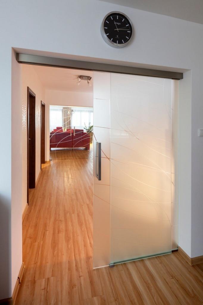 Posuvné dvere celosklenené