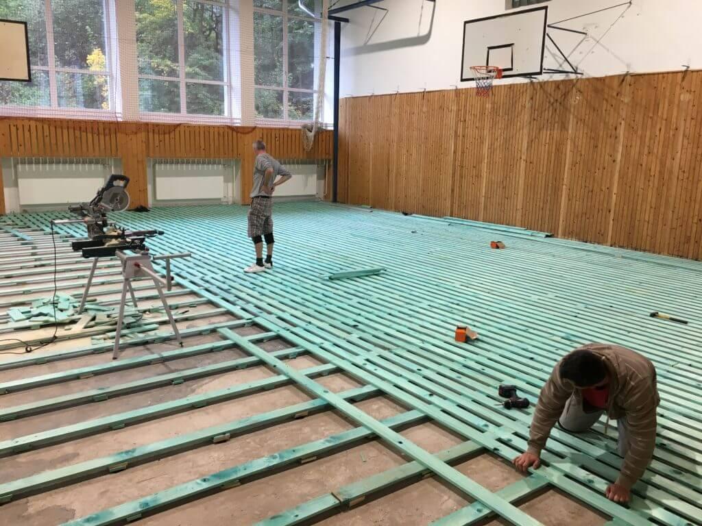 Športové podlahy - montáž dreveného odpruženého roštu