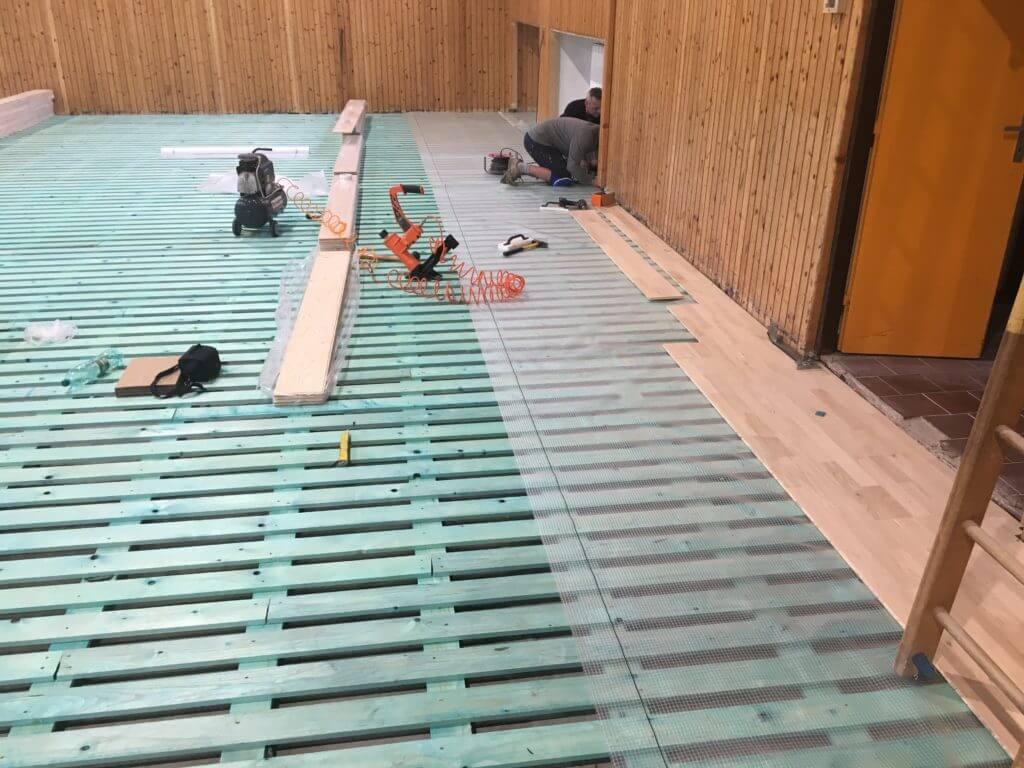 Športové podlahy - montáž drevenej podlahy